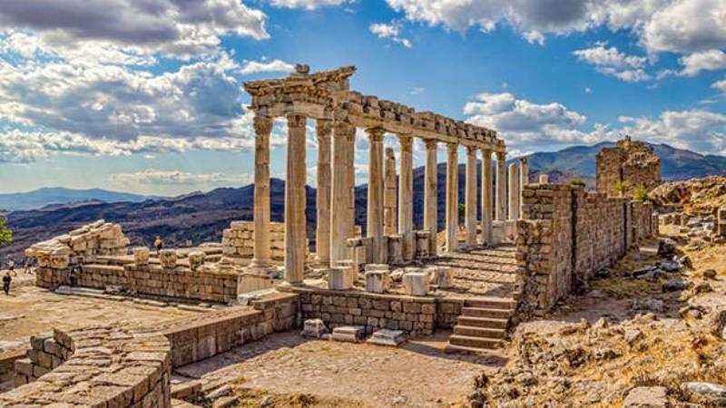 ผลการค้นหารูปภาพสำหรับ เมืองเพอร์กามัม (Pergamon)