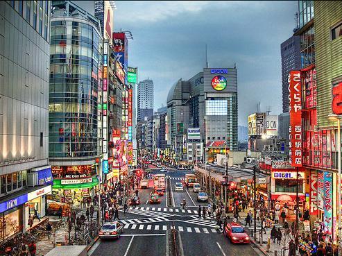 ชินจูกุ สถานที่ช้อปปิ้งที่น่าสนใจของญี่ปุ่น