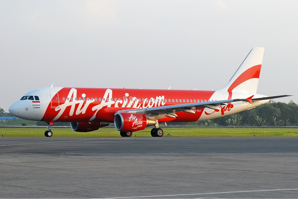 AirAsia ต่างกับ AirAsiaX อย่างไร...แล้วบินไปเที่ยวไหนได้บ้าง