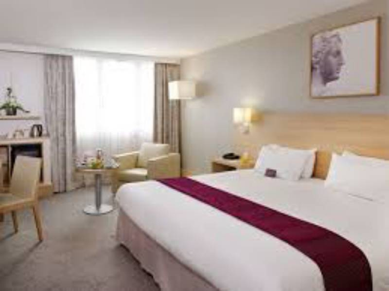 Mercure Paris Velizy Hotel