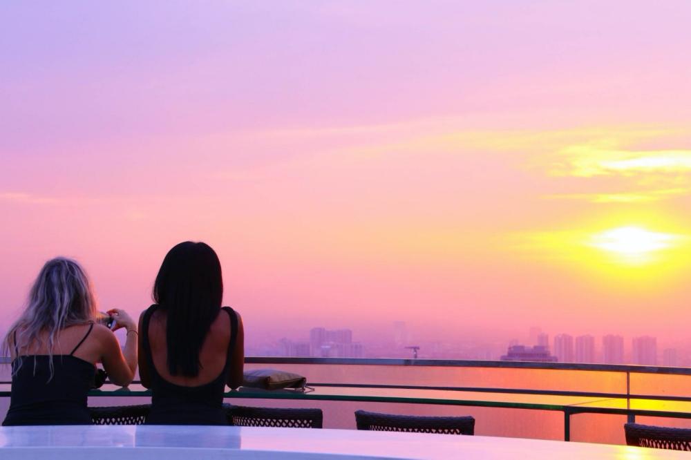 ท็อป ออฟ ฮานอย (Top of Hanoi)