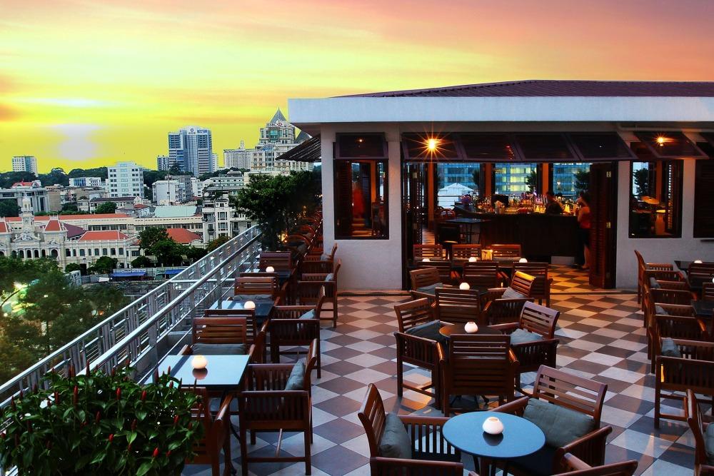 ไซง่อน ไซง่อน บาร์ (Saigon Saigon Bar)