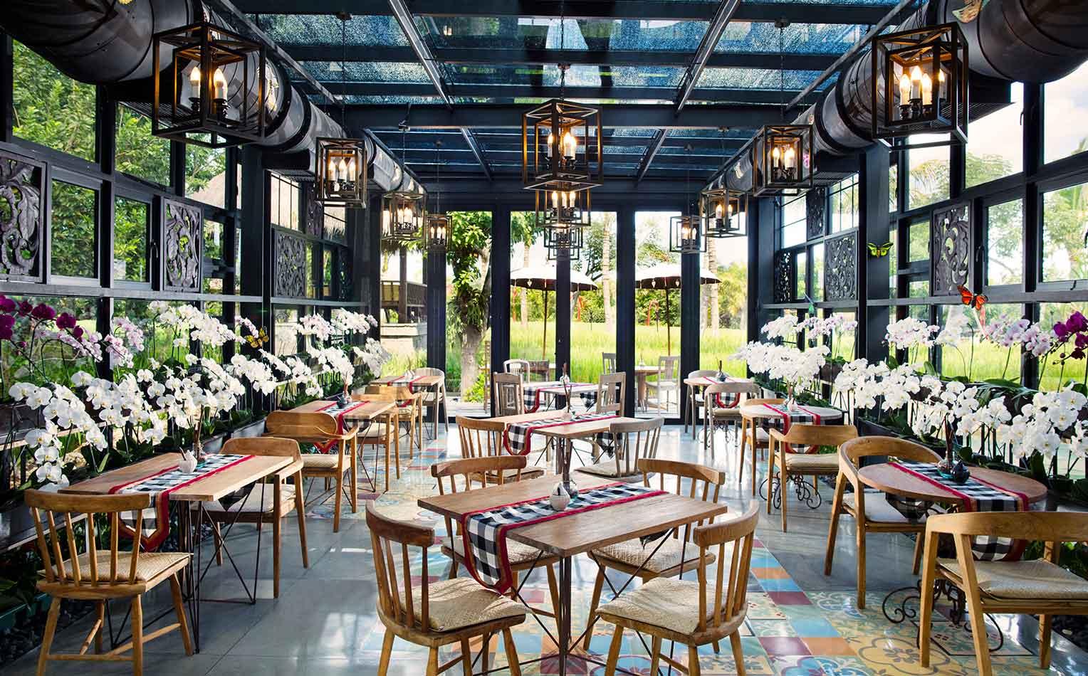 อายานา รีสอร์ต แอนด์ สปา (AYANA Resort and Spa)