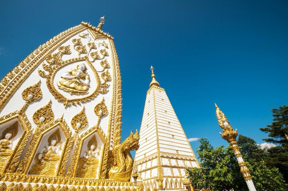 วัดพระธาตุหนองบัว(Wat Phra That Nong Bua)