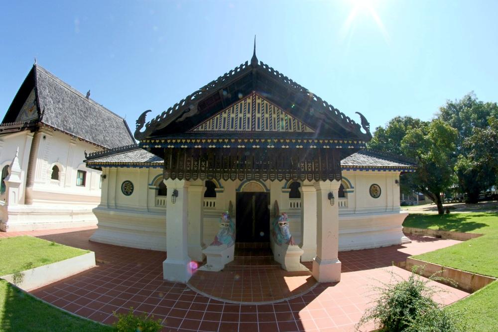 วัดราษฎร์ประดิษฐ์ (Wat Rat Pradit)